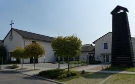 Dreieinigkeitskirche Hersel 1